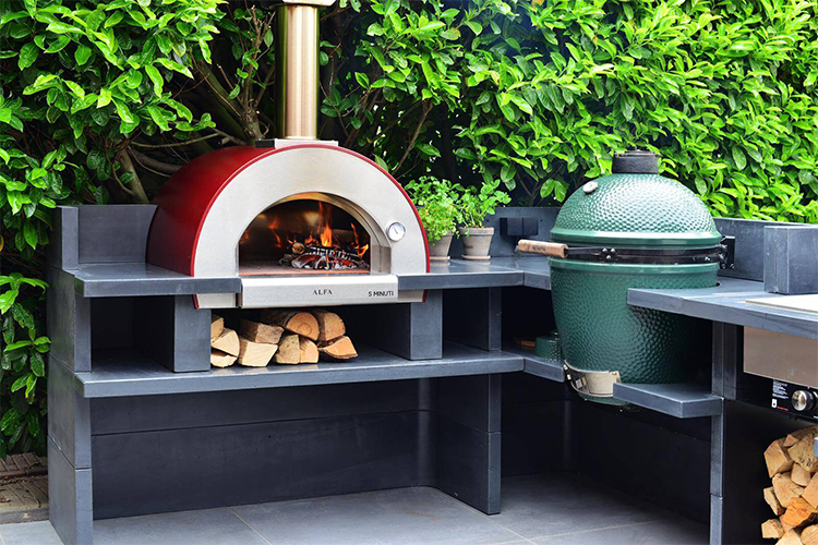 Best Outdoor Ovens in 2020 | Great for Outside Cooking!