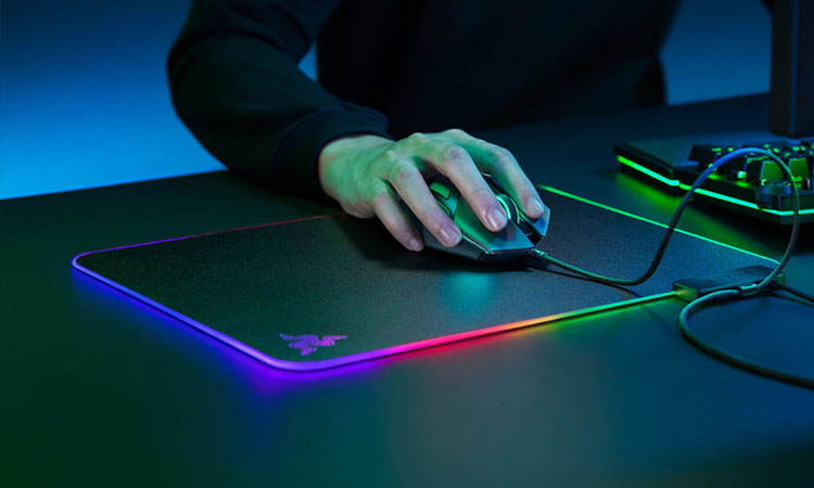 Best Razer Mouse Pads of 2020 | For Smooth Mouse Movement!