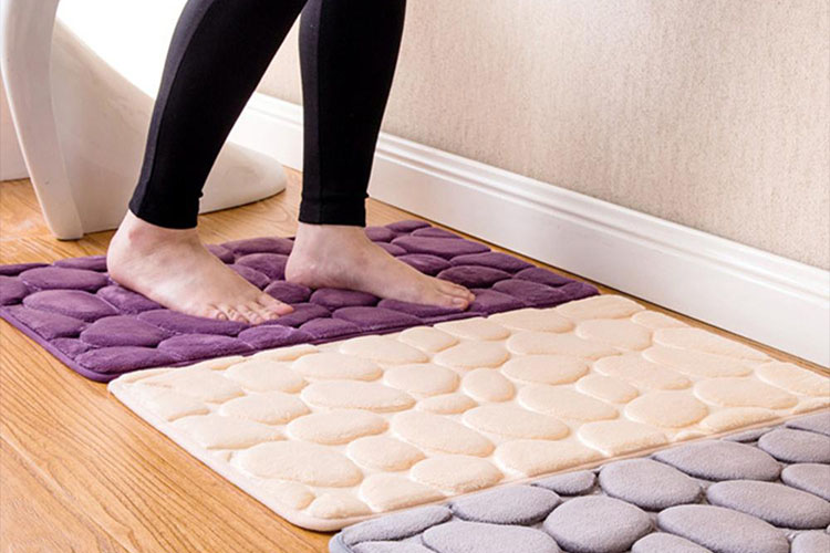 Best Super Absorbent and Soft Bathroom Rugs in 2020