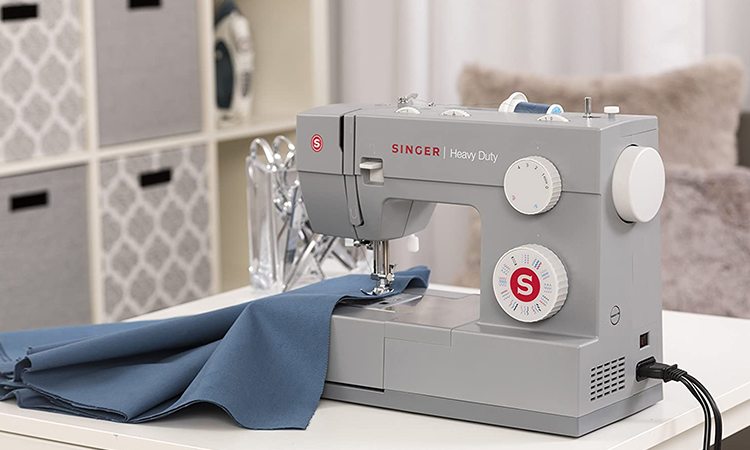 SINGER Heavy Duty 4432 | Durable & Portable Leather Sewing Machine