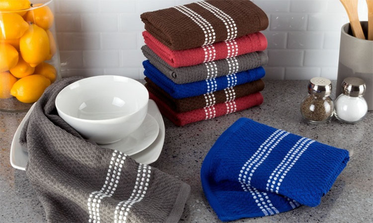 Best Kitchen Hand Towels in 2020 | Ensure Safety & Convenience