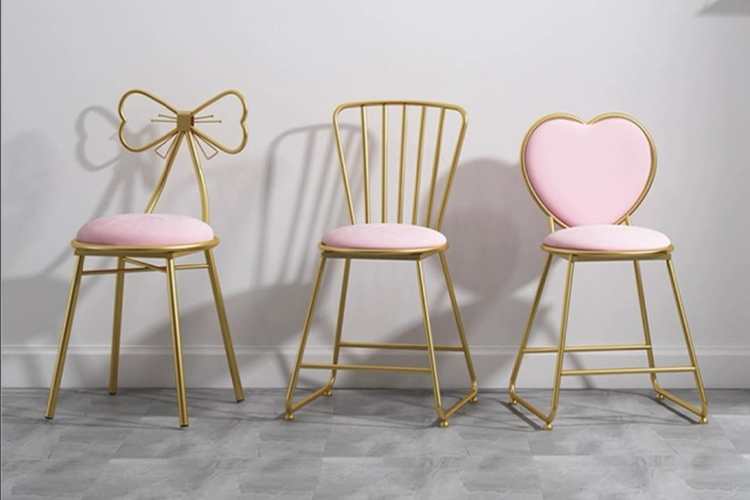 Best Vanity Chairs in 2020 | With Luxurious Appearance