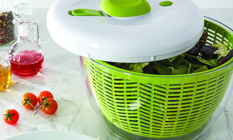 The Cuisinart CTG-00-SSAS | Your Best Salad Spinner Selection!