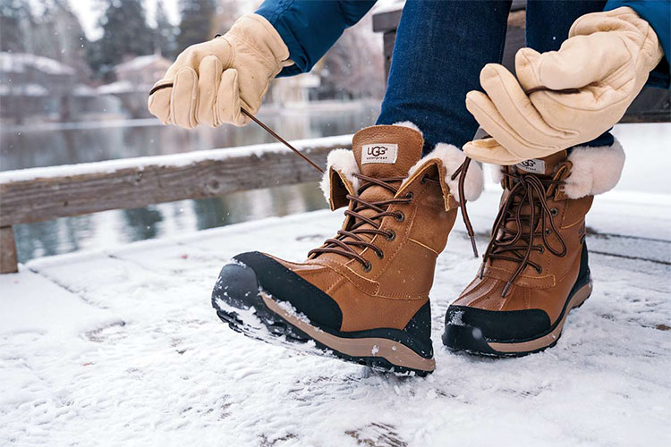 Best Winter Boots for Women in 2021 | Keep Your Feet Dry and Warm!